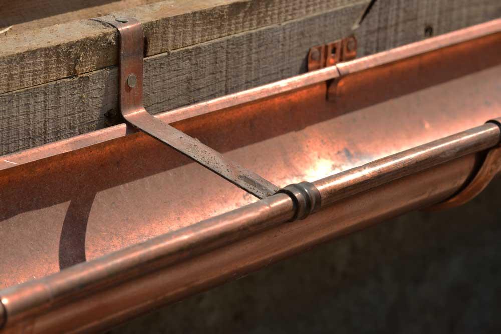 espace couverture pose des gouttières en cuivre